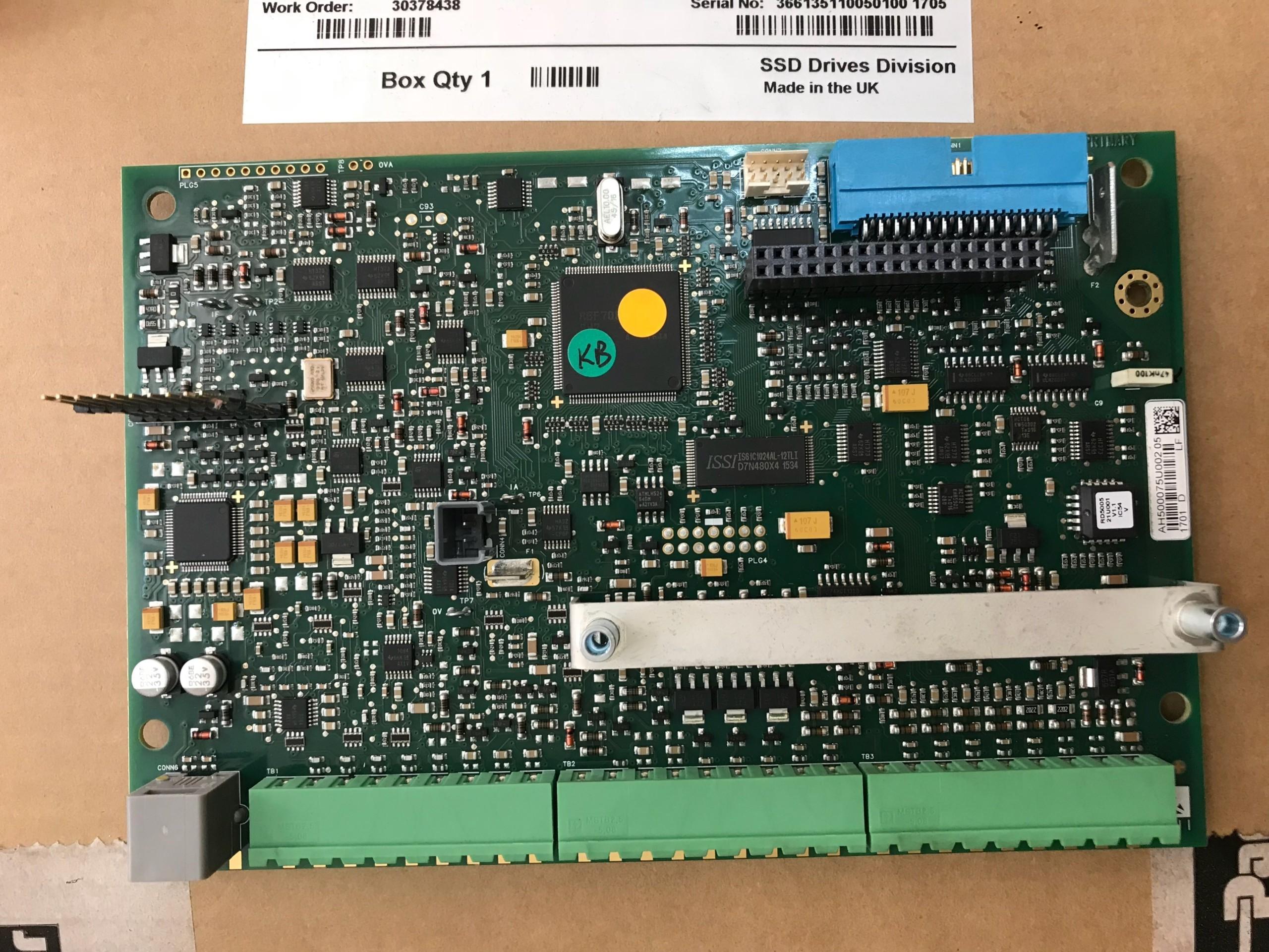 Card điều khiển AH500075U002